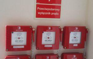 Przeglądy przeciwpożarowych wyłączników prądu