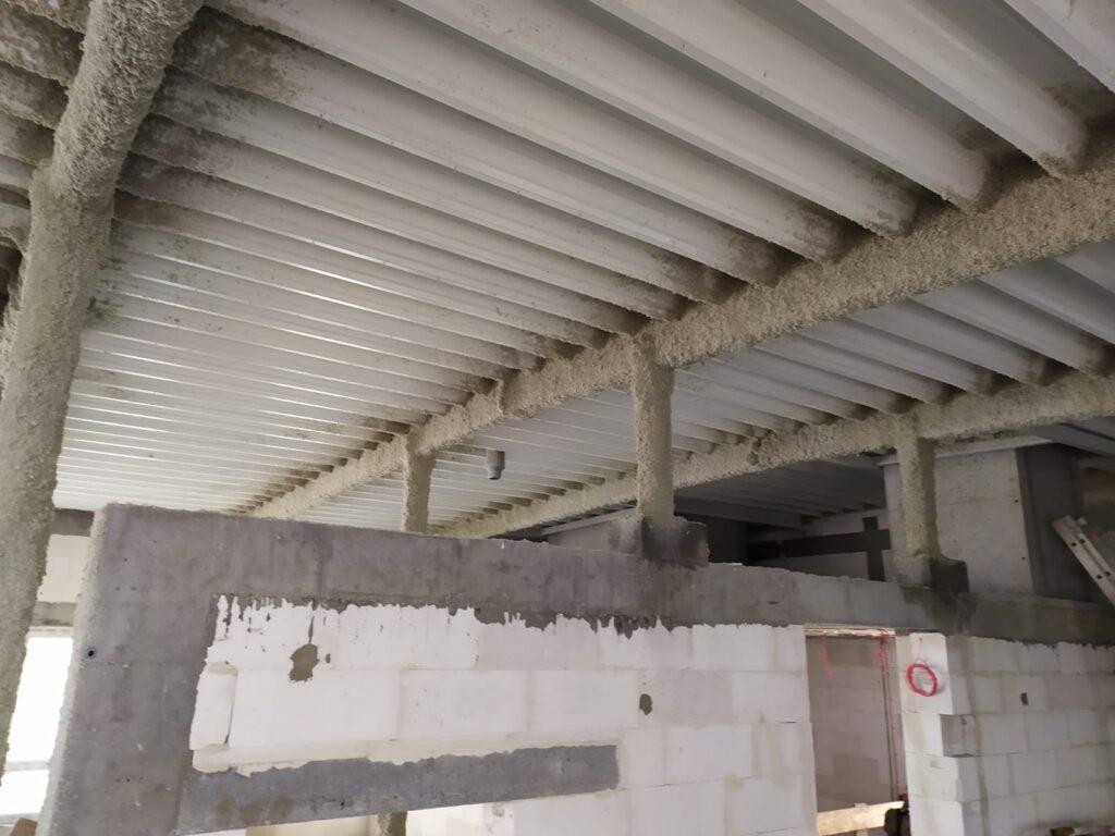 Zabezpieczenie ogniochronne konstrukcji stalowej nadbudowy
